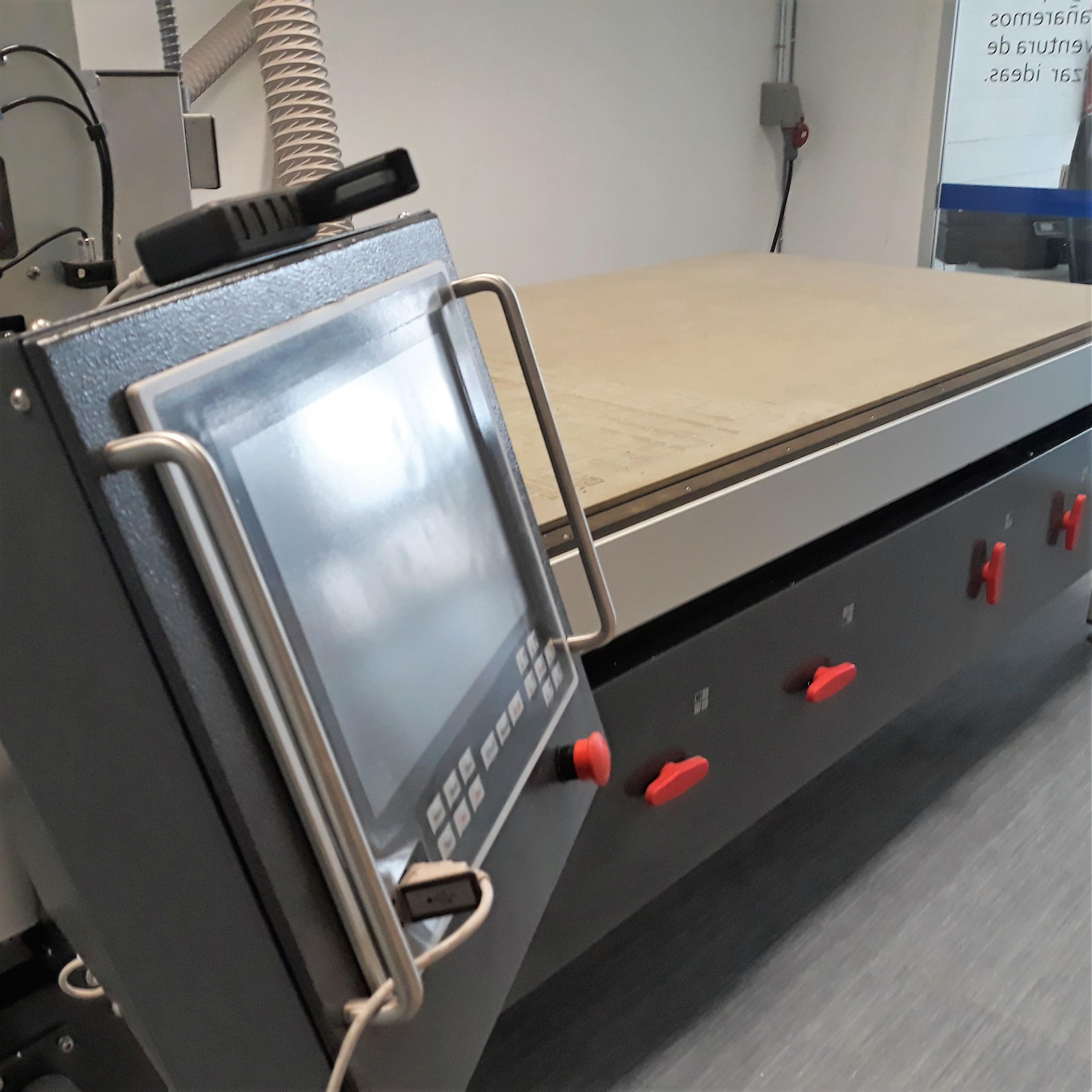 Servicios - Fresadora CNC